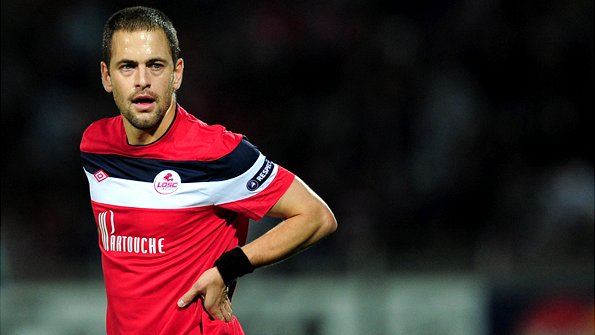 Joe Cole playing for Lille