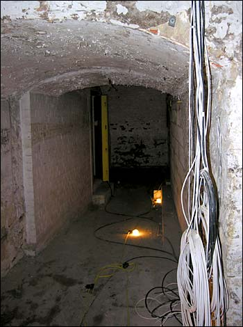 --Swindon Old Town Tunnels