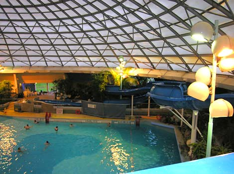 Bbc wiltshire radio ride swindon 39 s new waterslide for Swimming pools with slides in london