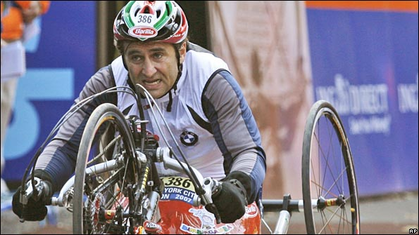 Alex Zanardi made his hand-cycle race debut at the 2007 New York Marathon
