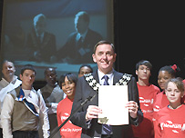 Mayor of Newham Sir Robin Wales signs pledge