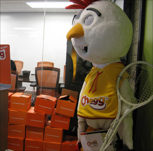 Chegg mascot with books