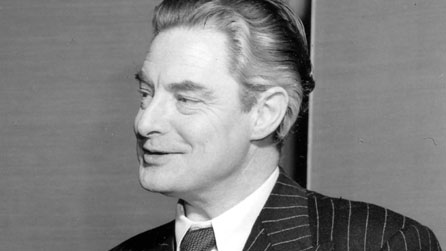 Black and white photo of Robert Donat, who portrayed Dr Andrew Manson in The Citadel