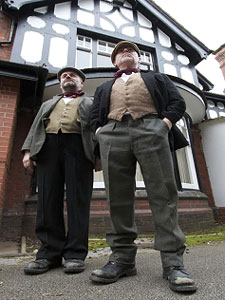 Neil Gore and Rodney Matthew star in The Ragged Trousered Philanthropists. Image courtesy of Townsend Productions