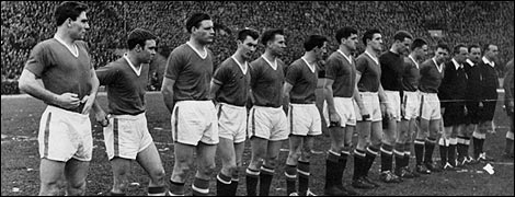 The team line-up for the game (05/02/58)