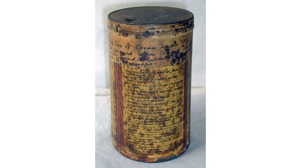 Tin of Rowntree's Cocoa that travelled with Shackleton to the Antarctic © York Museums Trust (York Castle Museum)