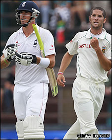 Wayne Parnell picks up the key wicket of Kevin Pietersen on the final morning