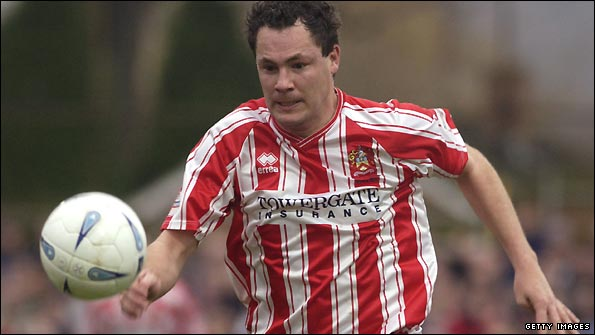 Julian Alsop played for Cheltenham from 2000-03