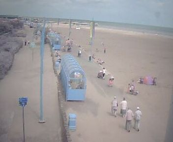 Click to view the Skegness, Lincolnshire, East Coast surfcam