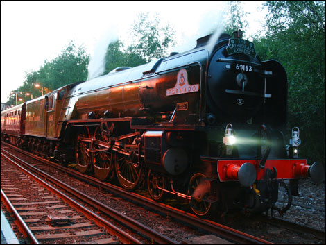 A Tornado coming through Earley Station on route to Victoria Station was captured on film by Steve Prior on Thursday 18th June, 2009.