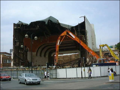 Coventry Hippodrome being demolished