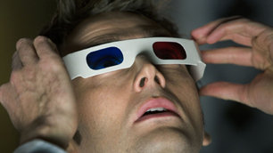 3D spectacles (as modelled by David Tennant)
