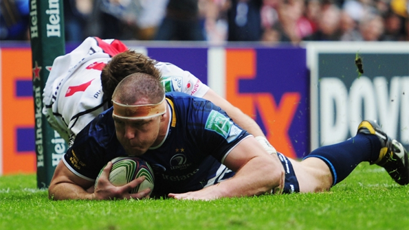 Heinke Van Der Merwe scored the fourth of Leinster's record five tries