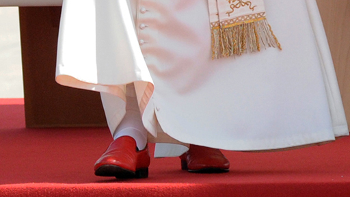 Pope's Shoes © Mazur/www.thepapalvisit.org.uk
