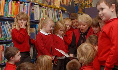 DinoLingo Welsh for kids - Learning Welsh for kids - Welsh ...