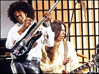 Thin Lizzy perform Rosalie on TOTP, 1978