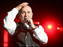 Peter Gabriel at Blickling. Photo by Martin Barber