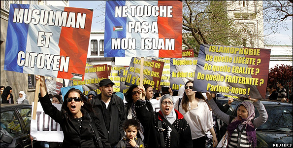 Protest in Paris against French Islam debate, 2 Apr 11