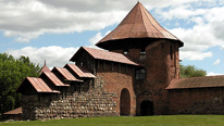 Kaunas Castle in Kaunas, copyright BBC / Fred Adler. Kaunas Castle, 13th century castle, probably built by Kêstutis to defend a road to Trakai, was Lithuania's first defensive bastion and the only double-walled castle in Lithuania.
