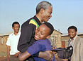 Nelson Mandela in Soweto © Getty images.