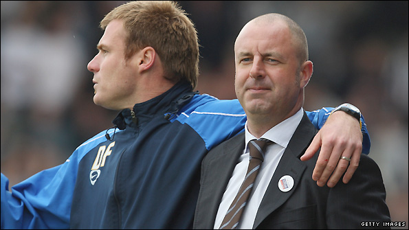 David Flitcroft (left) and Keith Hill are overseeing happy times at Rochdale