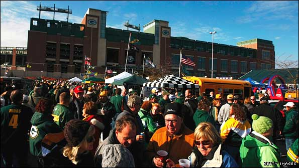 Fans tailgate around Lambeau Field