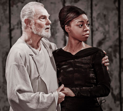 Jacobi (Lear) and Pippa Bennett-Warner (Cordelia). Photo: Johan Persson
