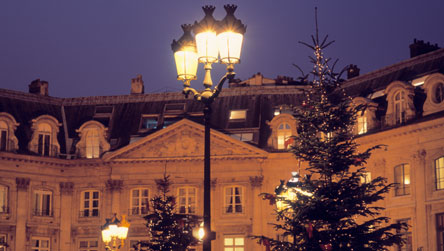 In Which Language Is Christmas Called Noel.Bbc Languages French Christmas France
