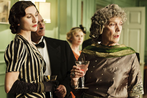Emma Clifford as Mrs Simpson and Eileen Atkins as Lady Holland