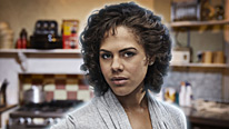 Annie (Lenora Crichlow) encounters a zombie