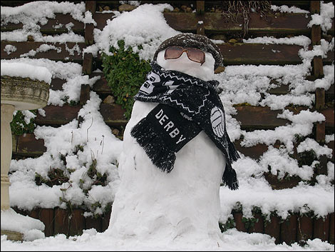 Snowman in Rams scarf