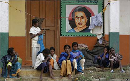 90697e3e368278c5cc562d444a0c5874ab591dad - Indira Gandhi: patriot otoriter