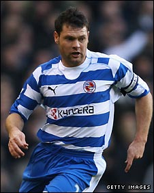 Graeme Murty in action for Reading