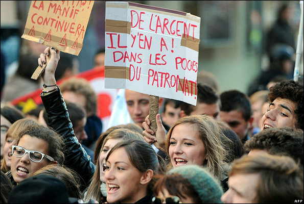 School students on march in Lille, 21 Oct 10