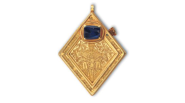 Gold and Sapphire Medieval pendant from Middleham, North Yorkshires © York Museums Trust (Yorkshire Museum)