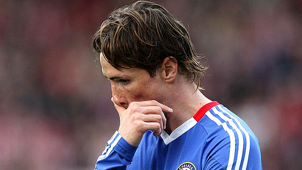 Fernando Torres playing for Chelsea against Stoke