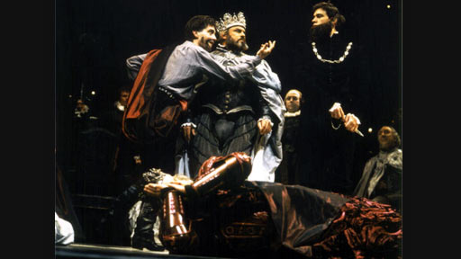 the significance of hamlets behavior in william shakespeares play Death in hamlet there's no escape  david tennant (as hamlet) performs in the royal shakespeare's production of william shakespeare's play 'hamlet.