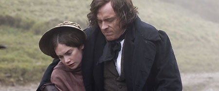 Ruth Wilson as Jane and Toby Stephens as Rochester