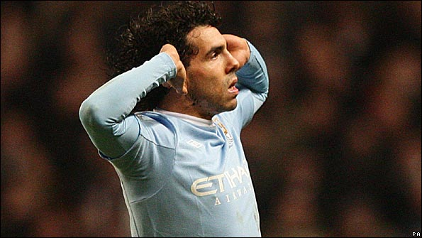 Carlos Tevez taunts Manchester United after scoring at Eastlands