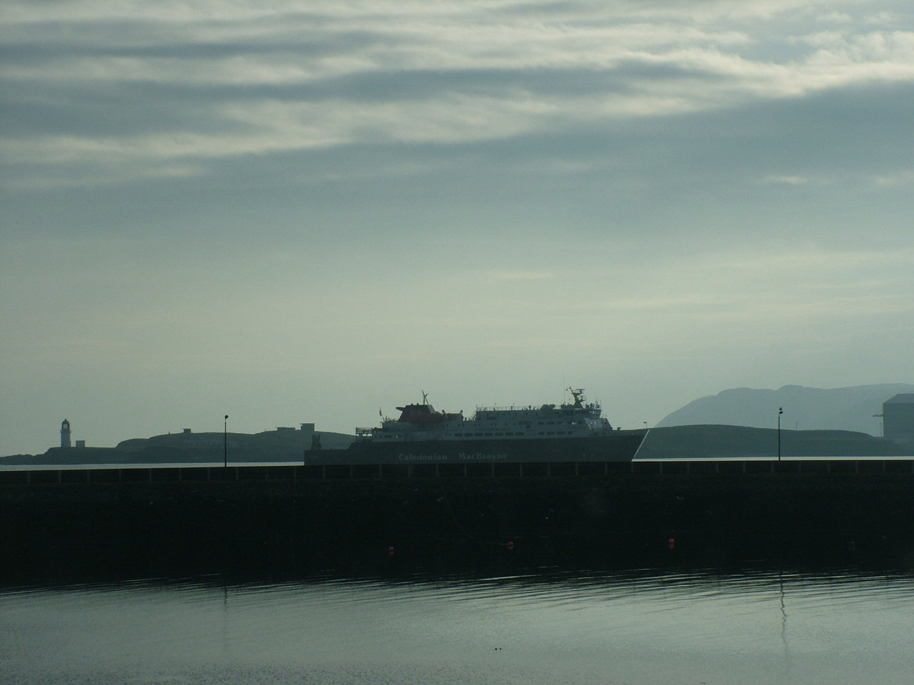 2 Feb: MV Clansman coming into Stornoway in very hazy conditions (13.23)