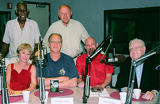 John Tusa with the guests in the studio in Chicago: standing from left to right - Robert Lucas and John Tusa, seated from left to right - Marilyn Katz, Michael James, Barry Romo and Tom Roeser