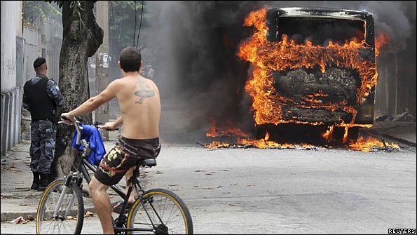 A bus goes up in flames in Rio