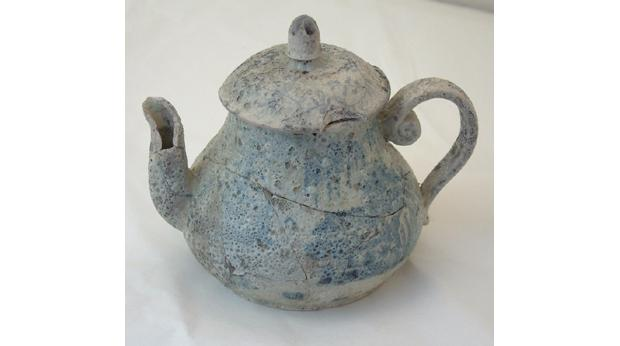 Porcelain lidded teapot excavated in Newcastle-under-Lyme from the site of the William Steers potworks. © Borough Museum