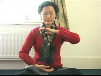 Annie practises Falun Gong
