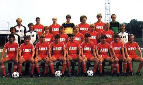 Billy Ashcroft in a Twente Enschende team photo