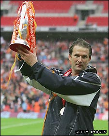 Simon Grayson celebrates promotion with former club Blackpool