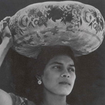 Photograph: Woman of Tehuantepec c.1929 Tina Modotti Philadelphia Museum of Art: Gift of Mr and Mrs Carl Zigrosser