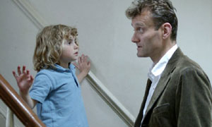 Karen (Ramona Marquez) and Dad (Hugh Dennis) in Outnumbered