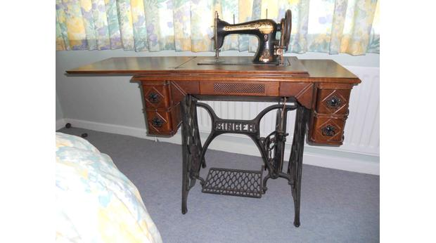 Bbc A History Of The World Object The Treadle Sewing Machine