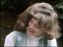 Daphne Neville and 'Bee' the otter